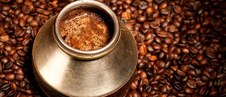 Café grego, uma fonte da juventude
