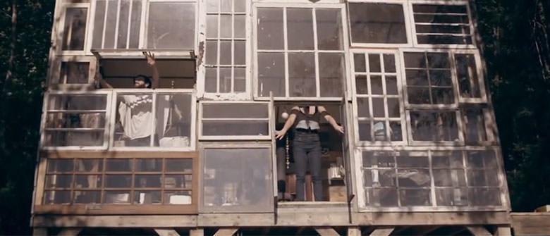 Uma casa onde as paredes são janelas
