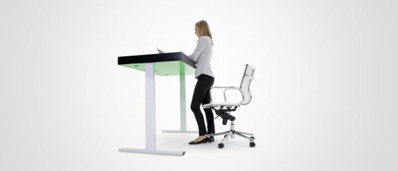 Uma mesa que ajuda a combater o sedentarismo
