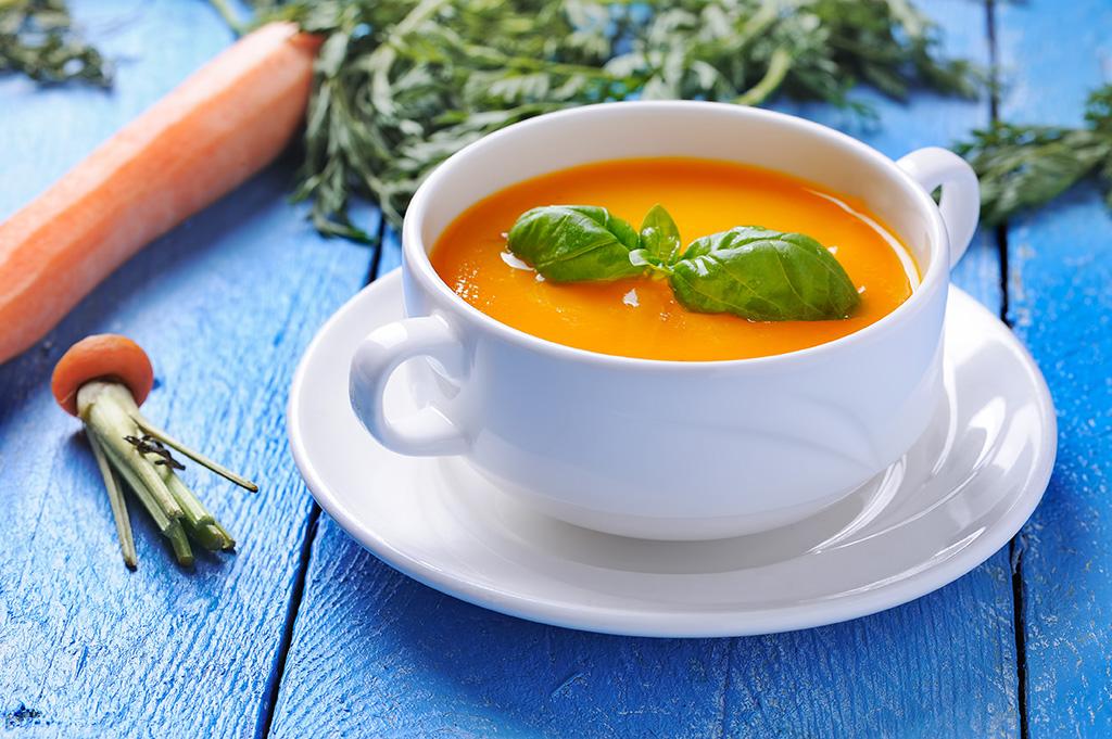Sopa de cenoura indiana