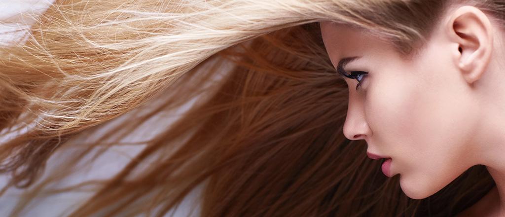 Suco secreto fortalece os cabelos