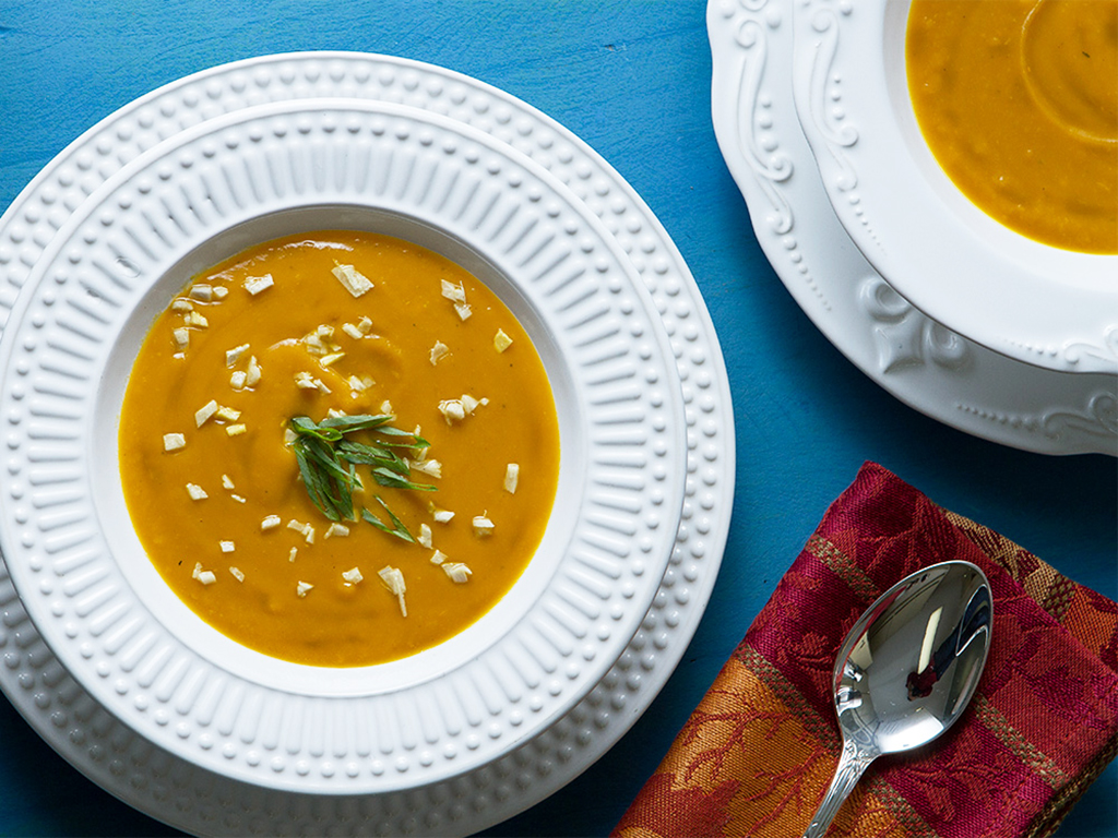 Sopa-Cura-Gripe-na-mesa