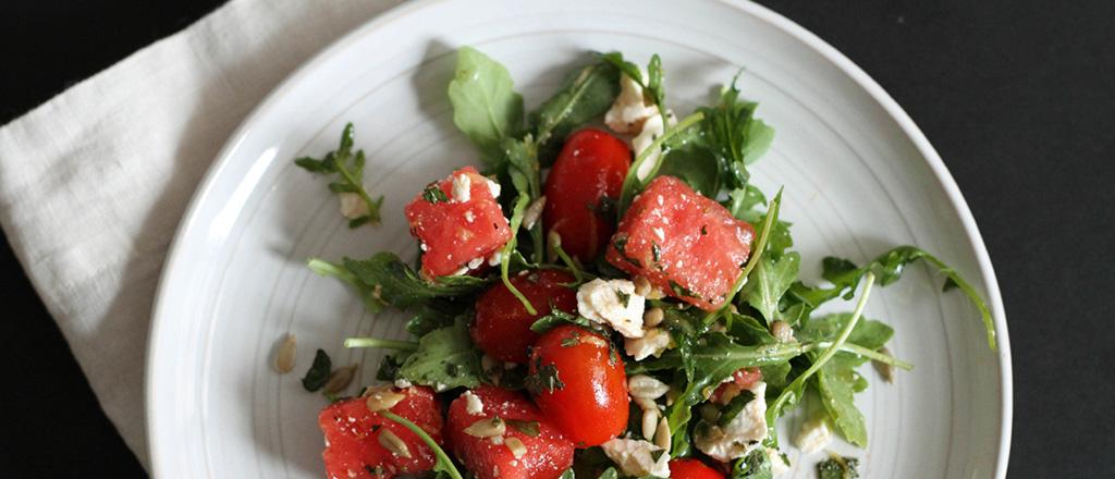 Salada de melancia com tomate
