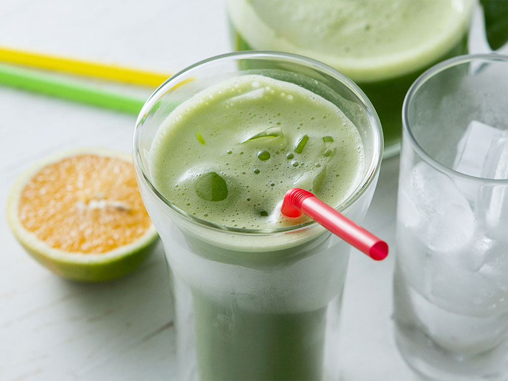 Resultado de imagem para suco Detox verde