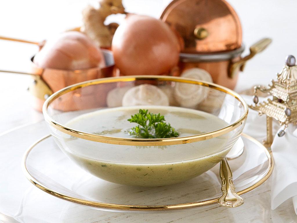 sopa-detox-da-lucilia-na-mesa