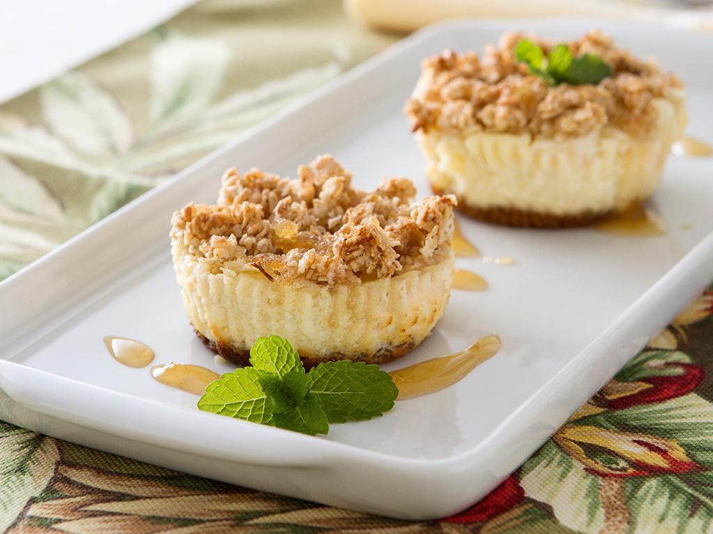 cheesecake-de-maca-na-mesa