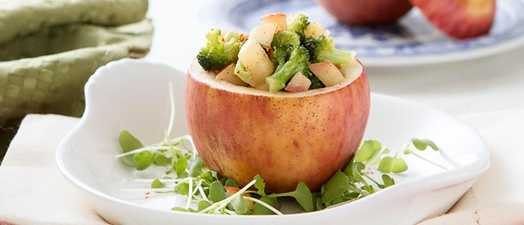 Salada de maçã com brócolis