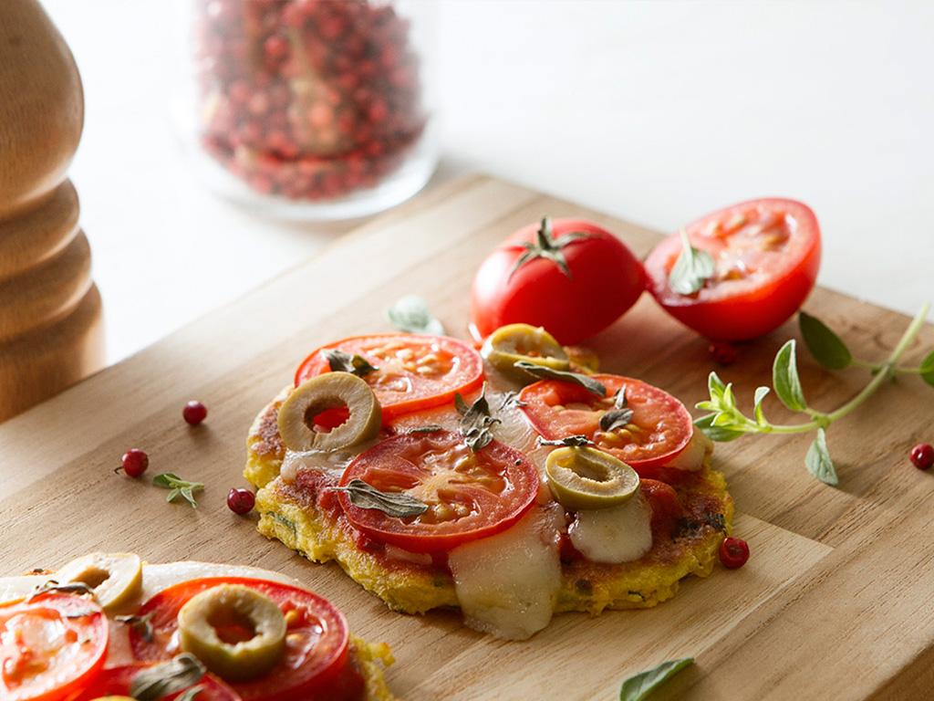 minipizza-mandioquinha-na-mesa
