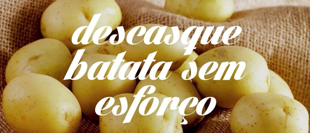 dica-facil-para-descascar-batatas