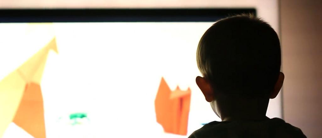 crianca-e-televisao